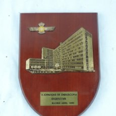 Militaria: METOPA DEL HOSPITAL DEL AIRE. AVIACION, MEDICINA, V JORNADAS DE ENDOSCOPIA DIGESTIVA, MADRID 1985, M. Lote 178252818