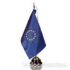 Militaria: BANDERA DE LA UNIÓN EUROPEA CONFECCIONADA EN SEDA ALTO 43 CMTS. Lote 178391666