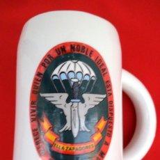 Militaria: JARRA PARACAIDISTAS ELLA ZAPADORES. Lote 182708537