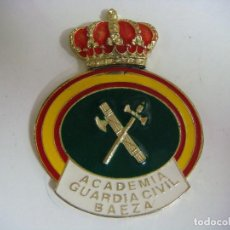 Militaria: PLACA METALICA DE LA ACADEMIA GUARDIA CIVIL BAEZA. Lote 183596091