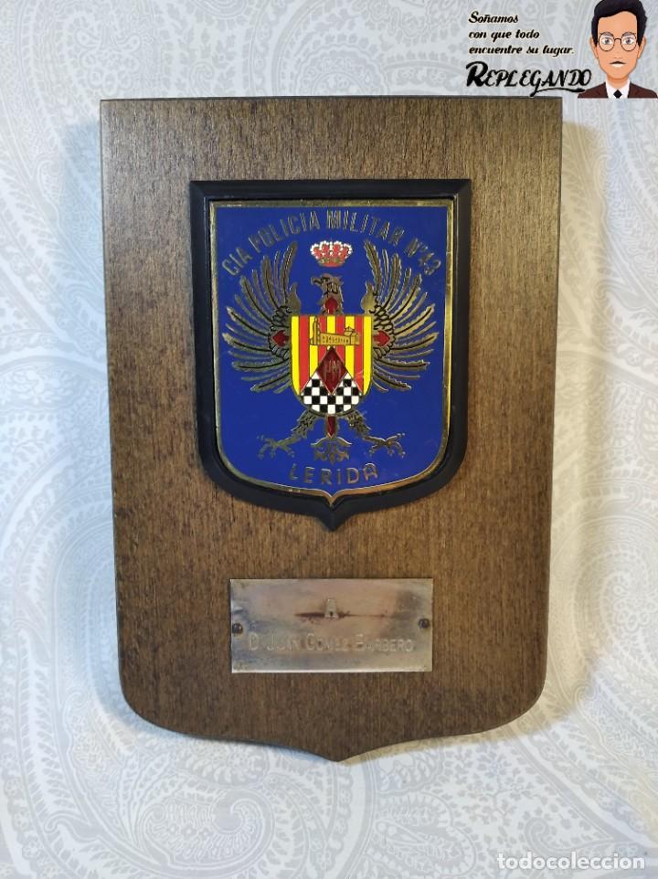 METOPA MILITAR (CIA POLICÍA MILITAR Nº43) - 18X12 CM. (PLACA DE MADERA CON ESCUDO) ESPAÑA (Militar - Reproducciones, Réplicas y Objetos Decorativos)