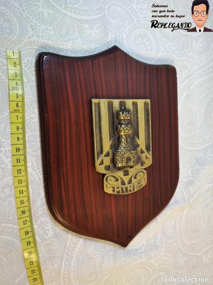 Militaria: METOPA MILITAR (REGIMIENTO INGENIERÍA Nº4) - 23X16 CM. (PLACA DE MADERA CON ESCUDO METAL) ESPAÑA - Foto 12 - 189750768