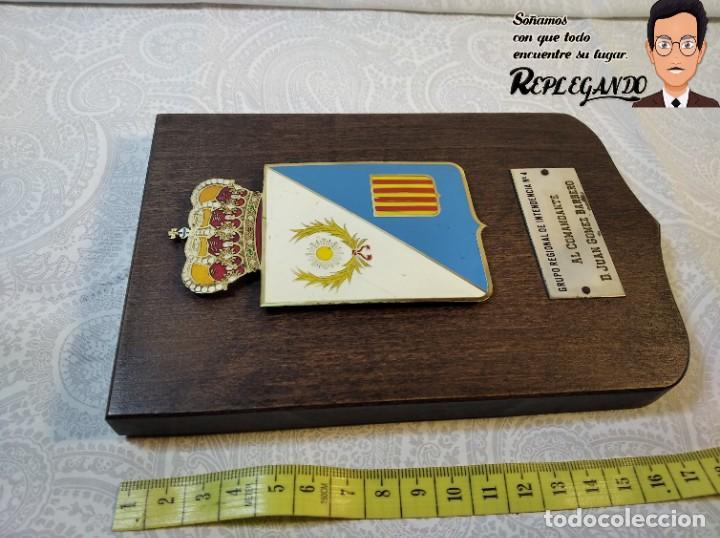 Militaria: METOPA MILITAR (GRUPO REGIONAL INTENDENCIA Nº4) - 18X12 CM. (PLACA DE MADERA CON ESCUDO) ESPAÑA - Foto 6 - 189751386