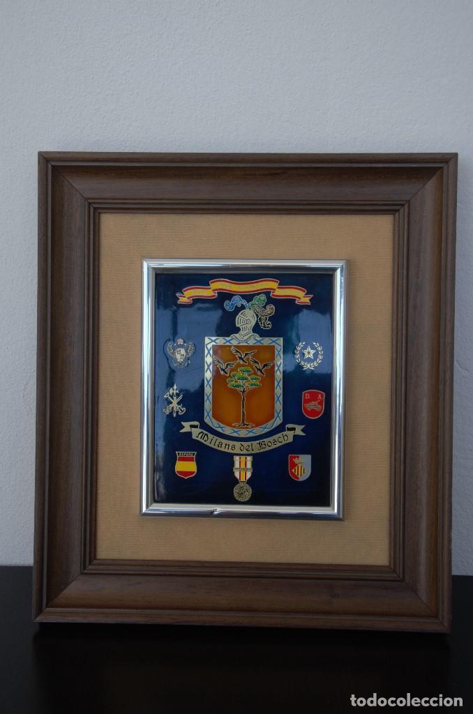CUADRO HONORIFICO MILANS DEL BOSCH VIVA POR SIEMPRE ESPAÑA DISTINTIVOS MEDALLAS (Militar - Reproducciones, Réplicas y Objetos Decorativos)