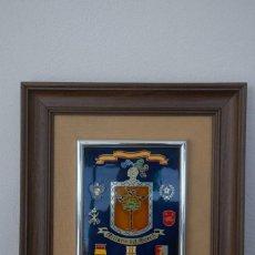Militaria: CUADRO HONORIFICO MILANS DEL BOSCH VIVA POR SIEMPRE ESPAÑA DISTINTIVOS MEDALLAS. Lote 191418058