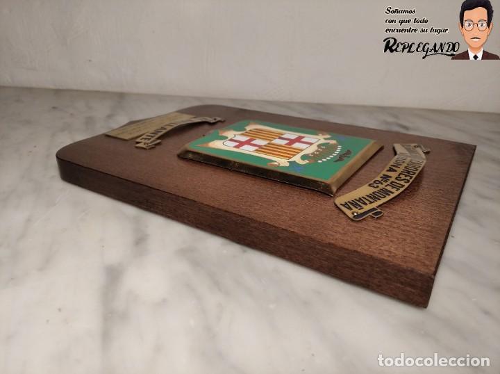 Militaria: METOPA MILITAR (RGTO. CAZADORES MONTAÑA Nº 63) - 25X17 CM. (EL BRILLANTE) PLACA Y ESCUDO ESPAÑA - Foto 6 - 194234712