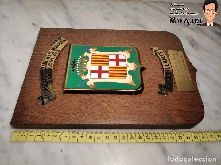 Militaria: METOPA MILITAR (RGTO. CAZADORES MONTAÑA Nº 63) - 25X17 CM. (EL BRILLANTE) PLACA Y ESCUDO ESPAÑA - Foto 11 - 194234712