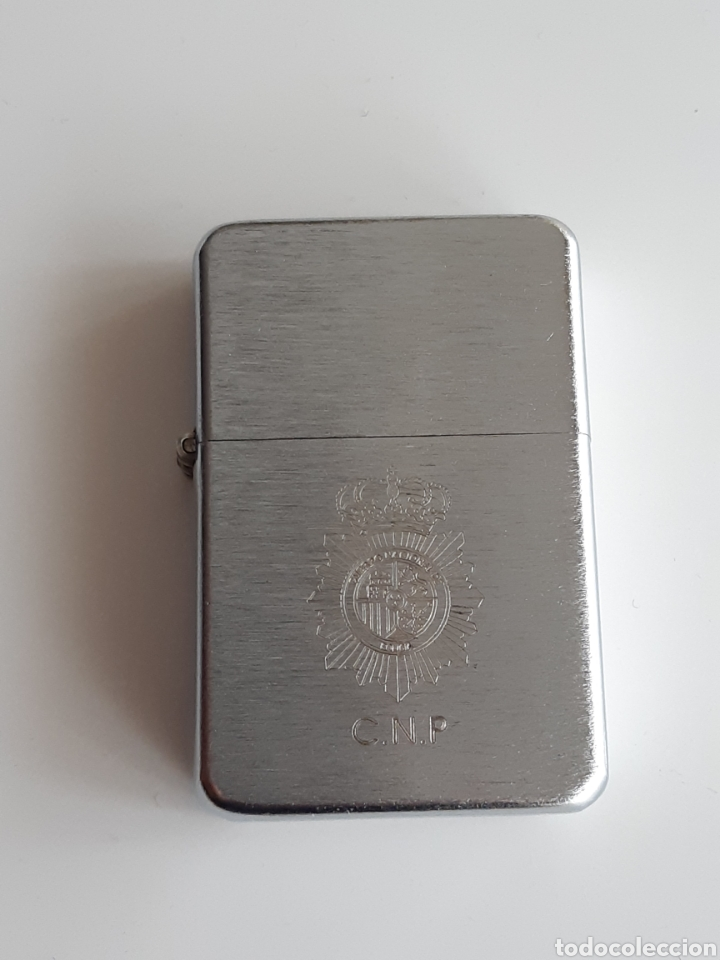 MECHERO GRABADO - CUERPO NACIONAL DE POLICIA - CNP (Militar - Reproducciones, Réplicas y Objetos Decorativos)