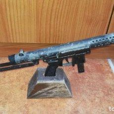 Militaria: REPLICA DE JUGUETE SUBFUSIL Z-70-B. Lote 194636083