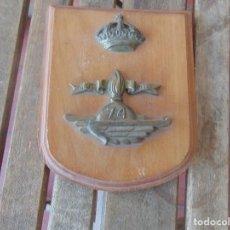 Militaria: METOPA EN MADERA Y METAL PLUS ULTRA 74. Lote 196609025