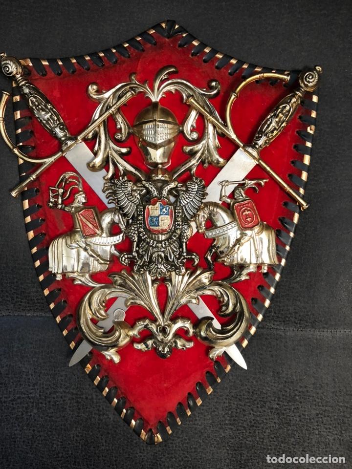 Militaria: Panoplia pequeñas espadas aguila bicefala carlos I - Foto 5 - 203919548