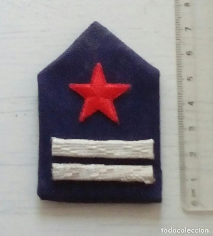 Militaria: GALLETA DE TENIENTE DE LA GUARDIA DE ASALTO DIVISA TENIENTE REPÚBLICA, , GUERRA CIVIL. REPRO - Foto 2 - 205375360