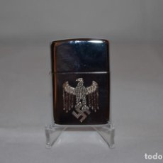 Militaria: WWII THE GERMAN LIGHTER WEHRMACHT/WAFFEN SS. Lote 262073355