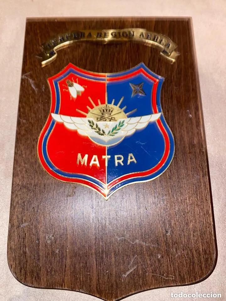 ANTIGUA METOPA MILITAR MATRA TERCERA REGIÓN AÉREA (Militar - Reproducciones, Réplicas y Objetos Decorativos)