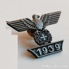 Militaria: PIN CON EL AGUILA Y LA ESVASTICA DEL TERCER REICH, 1939 - REPLICA. Lote 238591555