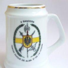 Militaria: JARRA TAZA TERCIO DUQUE DE ALBA 2º DE LA LEGION V BANDERA. Lote 217708123