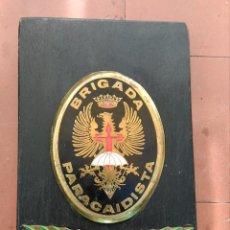 Militaria: METOPA ANTIGUA BRIPAC , BRIGADA PARACAIDISTA ,. Lote 219578176