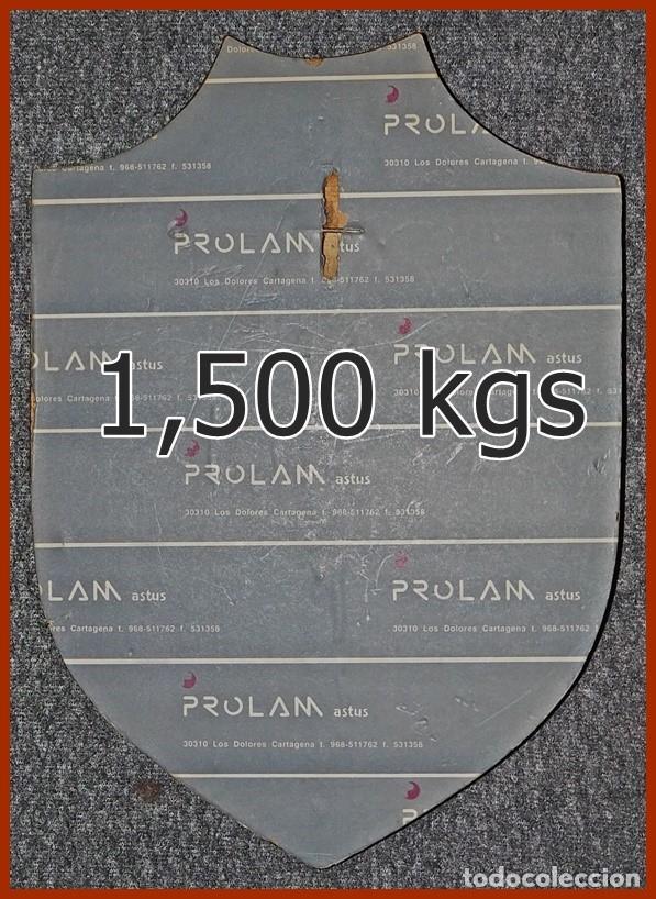 Militaria: 213/663..Metopa S 62 Submarino Tonina....Mide 29 x 20 cms.....Pesa 1, 500 kgs. - Foto 3 - 222086670