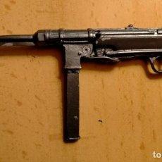 Militaria: MINIATURA EN PLOMO DE MP40 ALEMANA. Lote 235843340