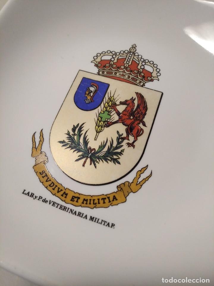 Militaria: ANTIGUO CENICERO LABORATORIO DE VETERINARIA MILITAR - STVDIVM ET MILITIA - EJÉRCITO - ESPAÑA - - Foto 5 - 248076820