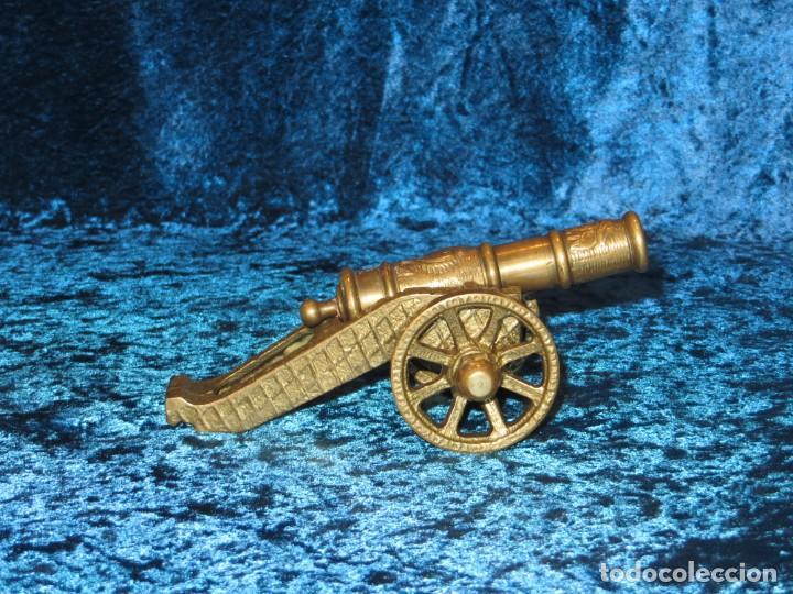 Militaria: Antiguo cañón bronce reproducción artesanía militar relieves grabados - Foto 5 - 254824825
