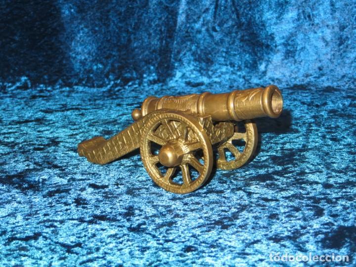 Militaria: Antiguo cañón bronce reproducción artesanía militar relieves grabados - Foto 7 - 254824825