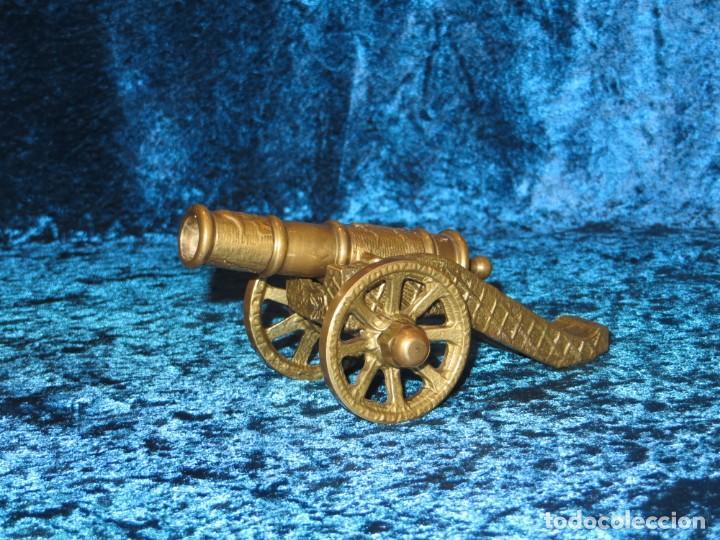 Militaria: Antiguo cañón bronce reproducción artesanía militar relieves grabados - Foto 9 - 254824825
