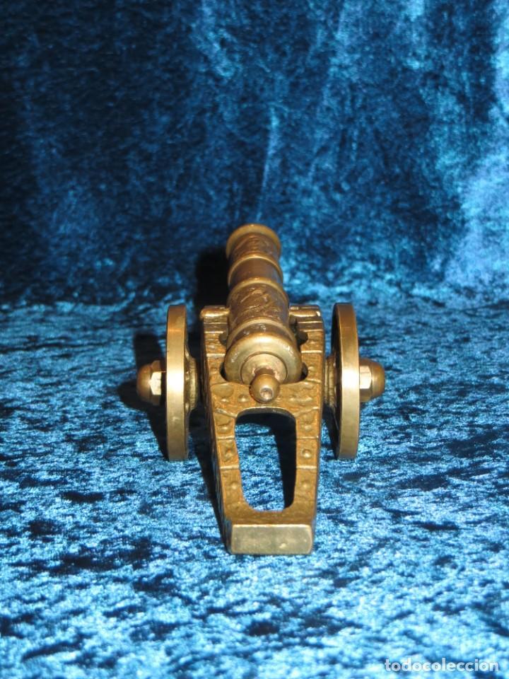 Militaria: Antiguo cañón bronce reproducción artesanía militar relieves grabados - Foto 15 - 254824825