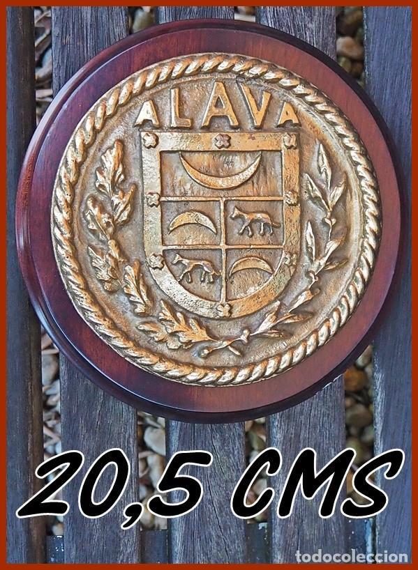 67/764..D 52 DESTRUCTOR ALAVA...MIDE.....20,5 CMS DE DIÁMETRO.....PESA...........2,050 KGS (Militar - Reproducciones, Réplicas y Objetos Decorativos)