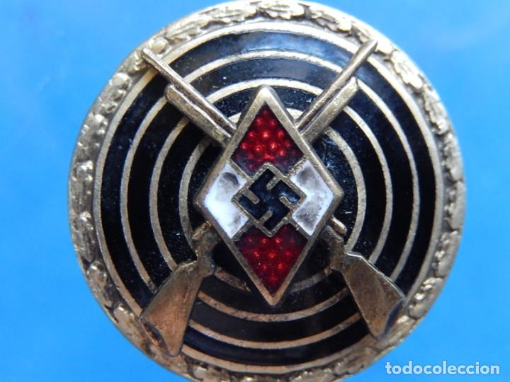 Militaria: EIO. Alemania. Insignia tirador de la Juventudes Hitlerianas. Reproducción o copia antigua. - Foto 10 - 271572443