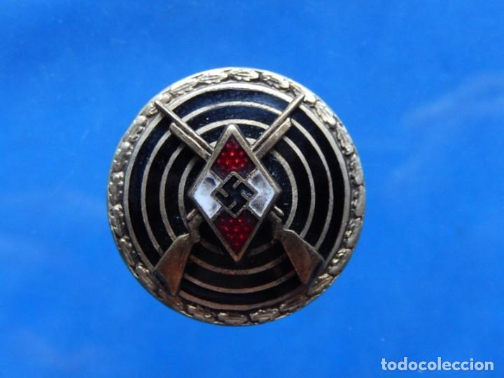 Militaria: EIO. Alemania. Insignia tirador de la Juventudes Hitlerianas. Reproducción o copia antigua. - Foto 11 - 271572443