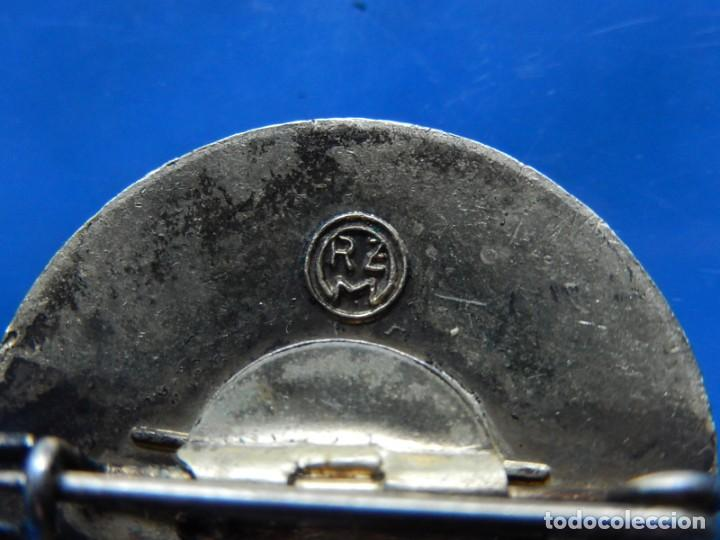 Militaria: EIO. Alemania. Insignia tirador de la Juventudes Hitlerianas. Reproducción o copia antigua. - Foto 17 - 271572443