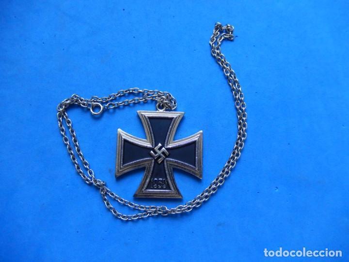 Militaria: EIO. Cadena con la Cruz de Hierro. - Foto 2 - 271576258
