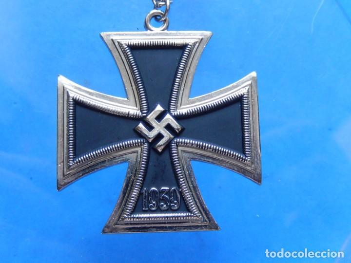 Militaria: EIO. Cadena con la Cruz de Hierro. - Foto 5 - 271576258
