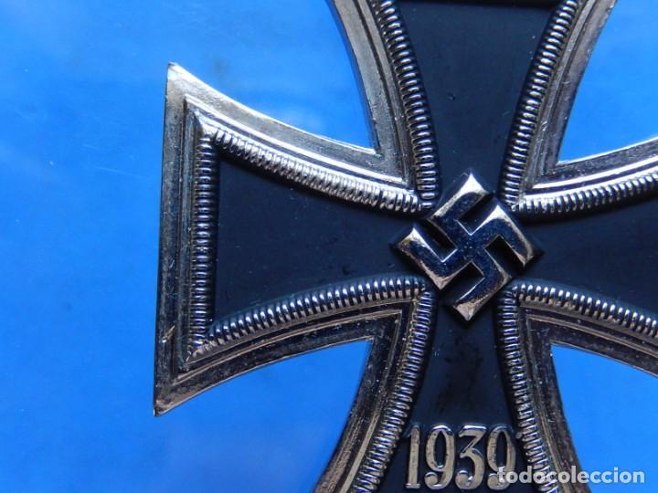 Militaria: EIO. Cadena con la Cruz de Hierro. - Foto 7 - 271576258