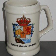 Militaria: JARRA MILITAR DEL REGIMIENTO DE INFANTERIA TENERIFE 49. Lote 297100443