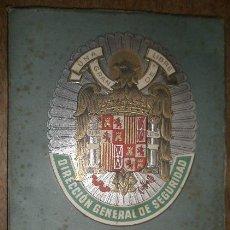 Militaria: REVISTA POLICIA, Nº 35, ABRIL DE 1945. Lote 15242624