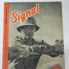 Militaria: ANTIGUA REVISTA SIGNAL, 2º NUMERO DE MARZO DE 1942, TIENE 46 PAGINAS, POSTER CENTRAL A COLOR, TAMAÑO. Lote 38284730