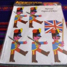 Militaria: ADHESIVOS POP SIN USO REGIMIENTO DRAGONES DE LA REINA. 1974 EMSA. CON REGALO. . Lote 46675008