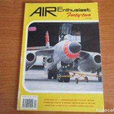 Militaria: REVISTA AVIACION: AIR ENTHUSIAST FORTY-TWO. Lote 77223765