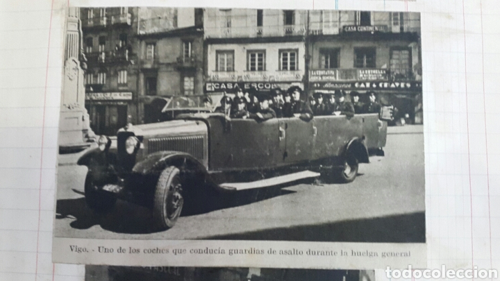 Militaria: ALBUM DE FOTOGRAFIAS DE PERIÓDICO DE LA GUERRA CIVIL. 215 PAGINAS - Foto 4 - 110627646
