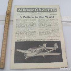 Militaria: AIR TRAINING CORPS GAZETTE. VOL. IV, NO.12 APRIL 1944. THE AIR LEAGUE OF BRITISH EMPIRE. AVIACIÓN.. Lote 112000595