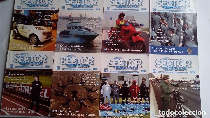 Militaria: SECTOR SEGURIDAD. LOTE DE 28 REVISTAS DEL PROFESIONAL DE LA SEGURIDAD DEL 8 AL 39 (2003-2004-2005) - Foto 3 - 135759530