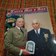 Militaria: REVISTA TIERRA MAR Y AIRE. Lote 171071718