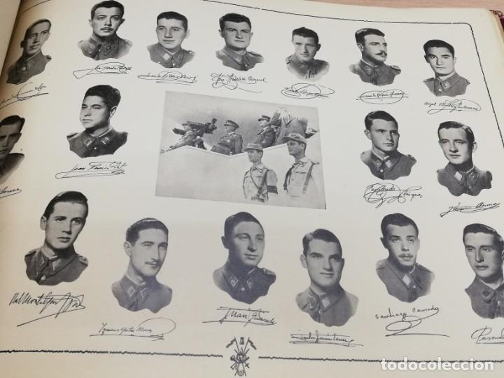 Militaria: ALBUM DE LA X PROMOCIÓN DE LA ACADEMIA GENERAL MILITAR. 1953. Laminas con las fotos de los profesore - Foto 5 - 194393330