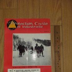 Militaria: 1964 PROTECTION CIVILE ET INDUSTRIELLE REVISTA BOMBEROS CAMION BERLIET N°115 MAGAZINE. Lote 206466571