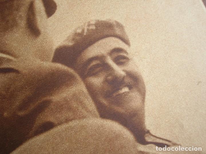 REPORTAJE DEL DESFILE FRANQUISTA DE LA VICTORIA. 27 DE MAYO DE 1939. FRANCO. FALANGE.GUERRA CIVIL (Militar - Revistas y Periódicos Militares)