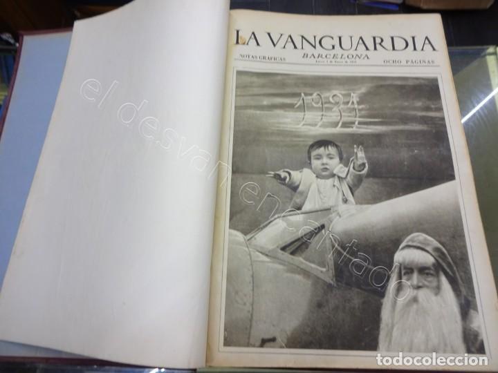 NOTAS GRÁFICAS DE LA VANGUARDIA. TOMO GRAN FORMATO. AÑO 1931. REPÚBLICA. COMPLETO (Militar - Revistas y Periódicos Militares)