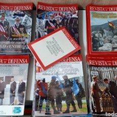 Militaria: LOTE REVISTA ESPAÑOLA DE DEFENSA 77 REVISTAS. Lote 266685853