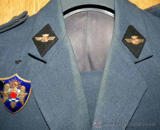Militaria: ANTIGUO UNIFORME DE ALFEREZ DE MILICIAS DEL EJERCITO DEL AIRE - EPOCA DE FRANCO - ROMBOS EN TELA NEG - Foto 7 - 24836835